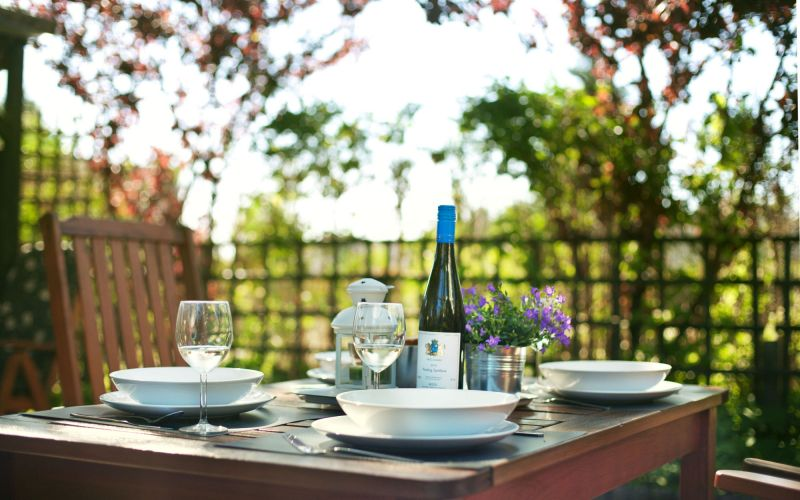 Obiad w ogrodzie - Kaskada Comfort Villa